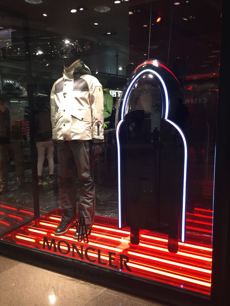 LK By Lincoln Keung - MONCLER Window Display - The Harbour City - Hong Kong