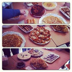 Almuerzo en clase! #andalucia #party #food #pizza #tortilla #tarta #saladitos #galletas #gordos #gestionyadministraciondeempresas #2