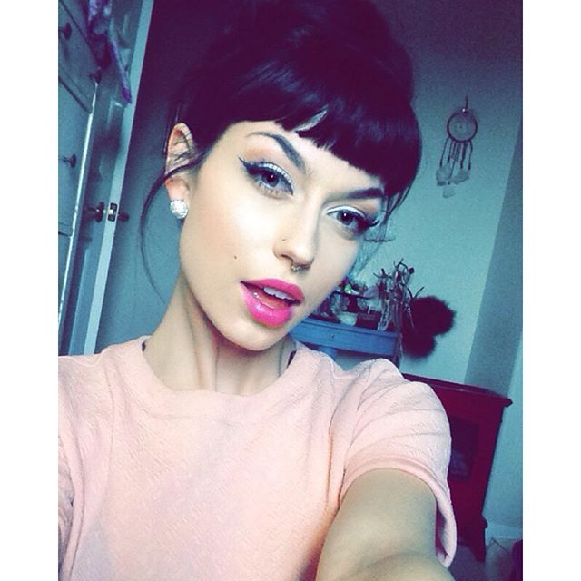 Incredible 1000 Ideas About Short Bangs Hairstyles On Pinterest Short Hair Hairstyle Inspiration Daily Dogsangcom