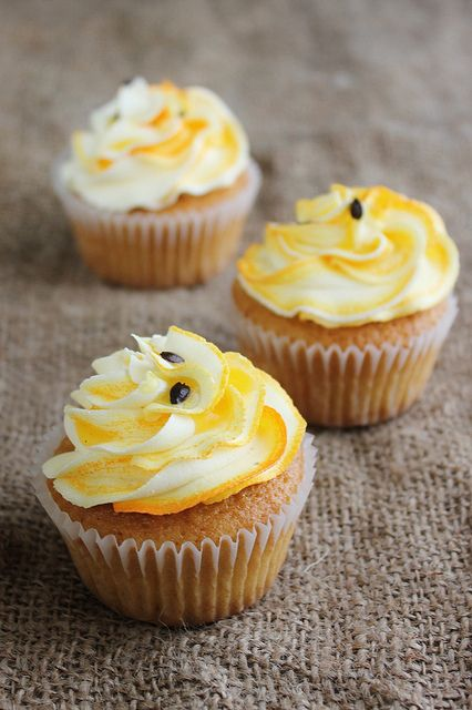 Passionfruit Cupcakes with Passionfruit Curd Filling: Made these-delicious!