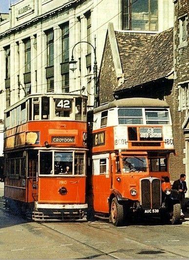 "doyoulikevintage: ""Londra, 1945 """
