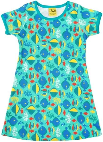 Babies ADORE the soft texture of this organic cotton FORREST LIFE baby suit. Parents LOVE the fun print and the attention to detail. Made to be passed down to a younger sibling. Made by DUNS Sweden available exclusively in Canada at Modern Rascals.