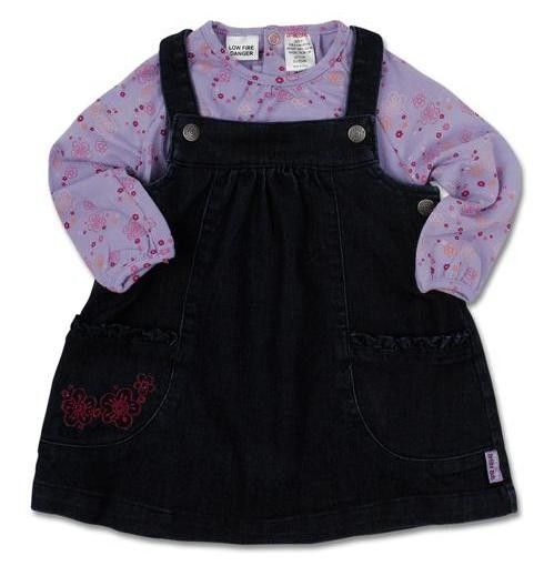 Girls woven dress with matching long sleeve tee.  Available in size 3-6 months, 6-12 months, 12-18 months, 18-24 months and 2-3 years.