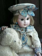 BEBE JUMEAU with her original mariner dress and hatAntiques Jumeau, Vintage Dolls, Antiques Dolls, Bebe Jumeau, Jumeau Dolls, Beautiful Dolls, Marines Dresses, Muñecas Antigua,  Poke Bonnets