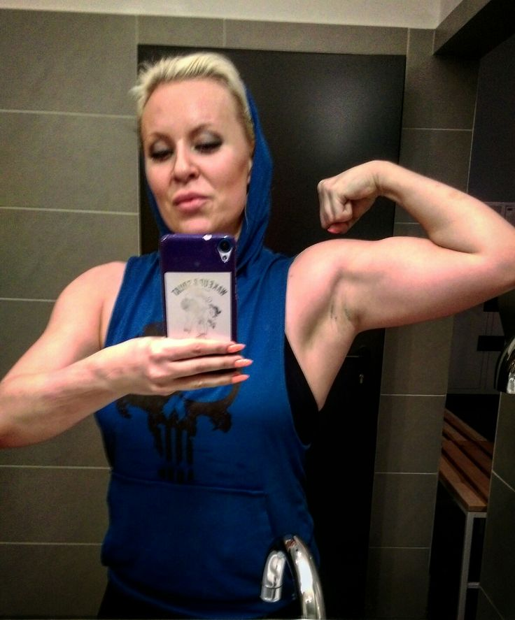 Gunz on show #gunz #muscle #workout #arms #fit #fitness #fitgirl #iifym