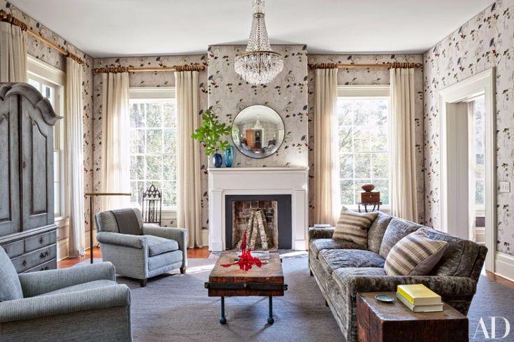 9 Ravishing Modern Sofas In Interiors By Shawn Henderson | Living Room Ideas. Living Room Sofa. Patterned Sofa. #modernsofas #livingroomideas #patternedsofa Read more: http://modernsofas.eu/2016/11/16/ravishing-modern-sofas-interiors-shawn-henderson/