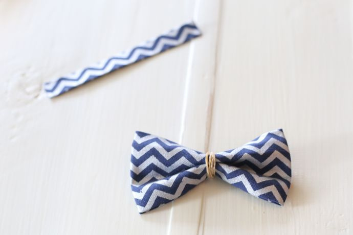 No-Sew Dog Bow Tie Collar Slide