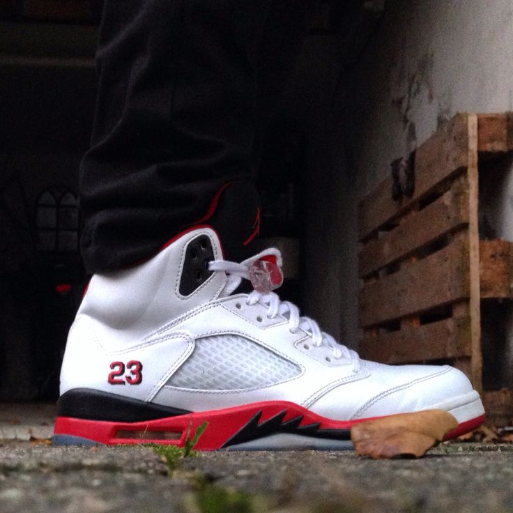 """Air Jordan 5 """"Firered"""""""