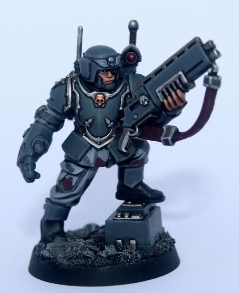 Veteran Sgt by lipsdapips on http://www.dakkadakka.com/dakkaforum/posts/list/90/456055.page