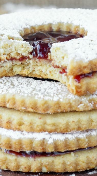 Traditional Raspberry Linzer Cookies