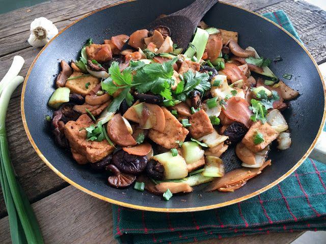 Fitt fazék kultúrblog : Pak choi, pirított zöldségekkel, sült tofuval.