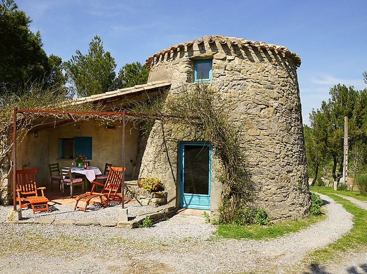 This former mill lies in the beautiful Languedoc-Roussillon in France #extraordinary #windmill #france