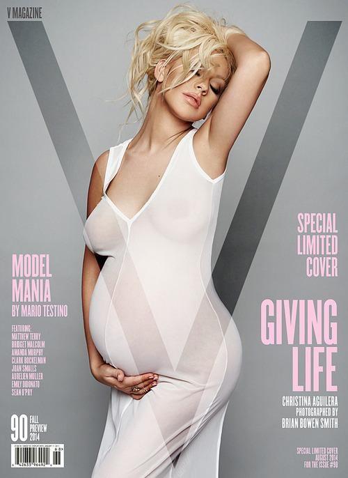 Christina állapotosan is tökéletes címlaplány!