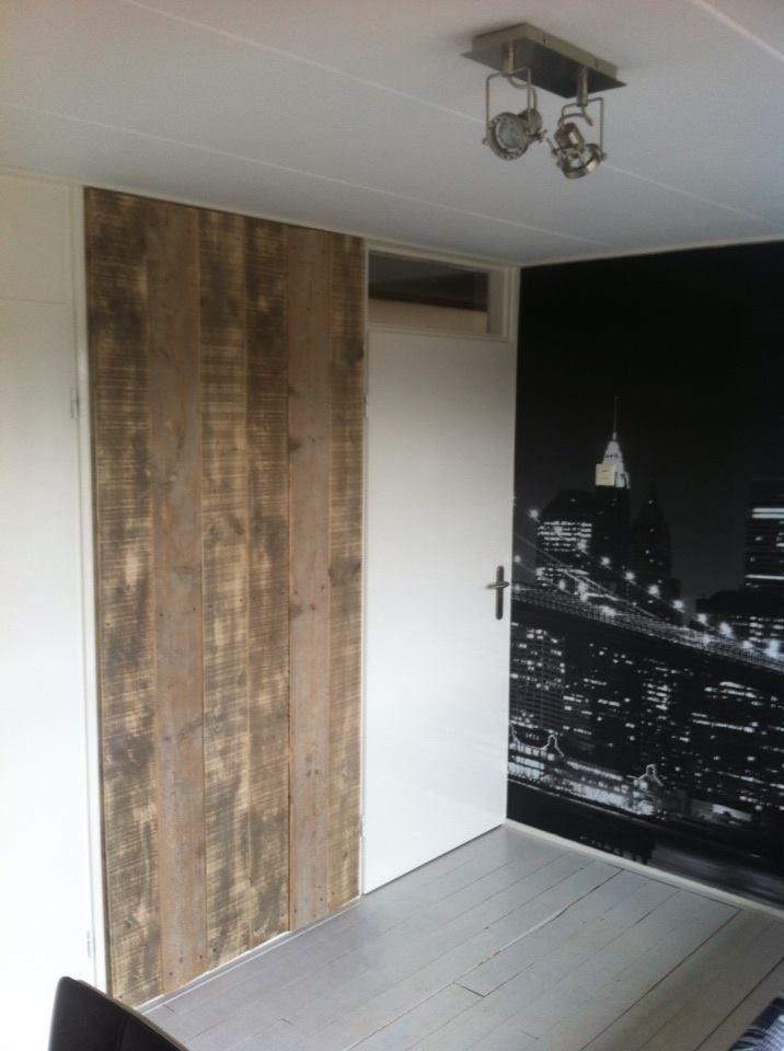 Steigerhout behang trap pinterest voor het huis en for Behang trapgat