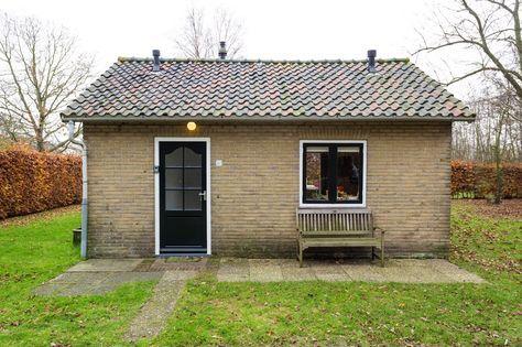 Huisje Terschelling Caprifolium is een vakantiehuisje op Terschelling voor 4 personen, waar honden welkom zijn. Het huis heeft een grote, omheinde tuin.