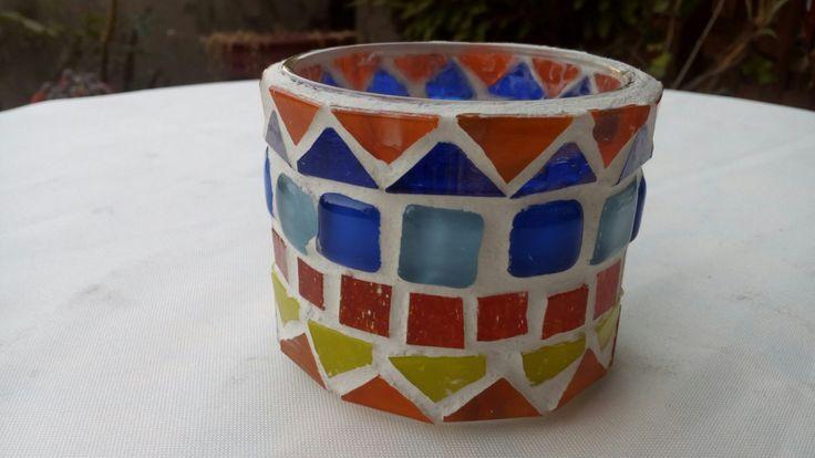 Portavelas o portalápices en mosaicos...
