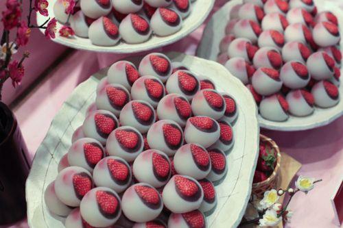Japanese Strawberry Daifuku Mochi | Food . | Pinterest