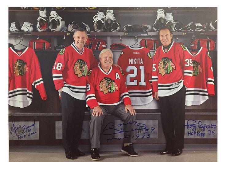 Limited edition photos signed by the Blackhawks Ambassadors are now available for purchase! Proceeds will benefit the Alzheimer's Association, Greater Illinois Chapter.