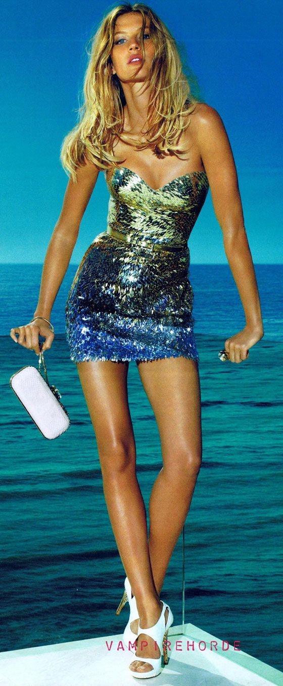 Gisele Bundchen in Versace - she is gorgeous..and so is the dress. Id preder black silver combo