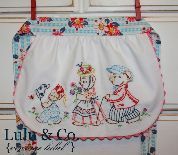 Jessica's fabulous Goldilocks embroidered apron {Lulu & Co.} OMG how cute is that and so easy to make!! (Inspiration)