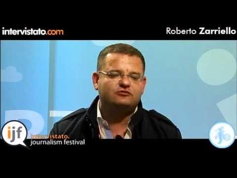 Intervista con Roberto Zarriello, noto esperto di social media e comunicazione aziendale.