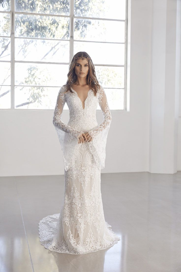 Lace wedding dress v neck november 2018 Pin by The Lizard Queen on november queen of glass and iron