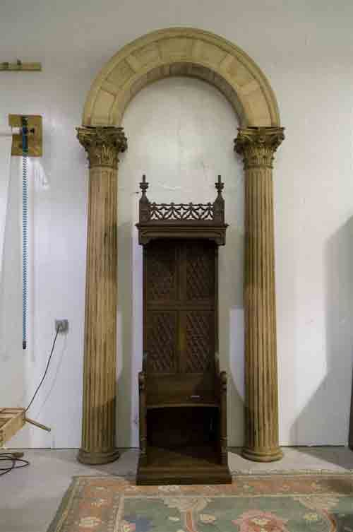 Awesome church throne for sale 913 871 6444