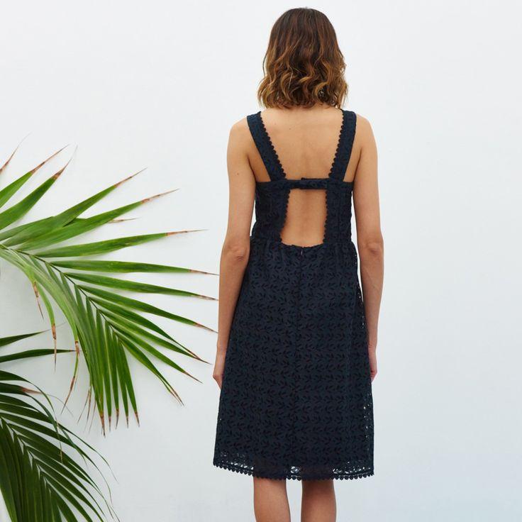 17 meilleures id es propos de soutien gorge sans - Porter un corset tous les jours ...