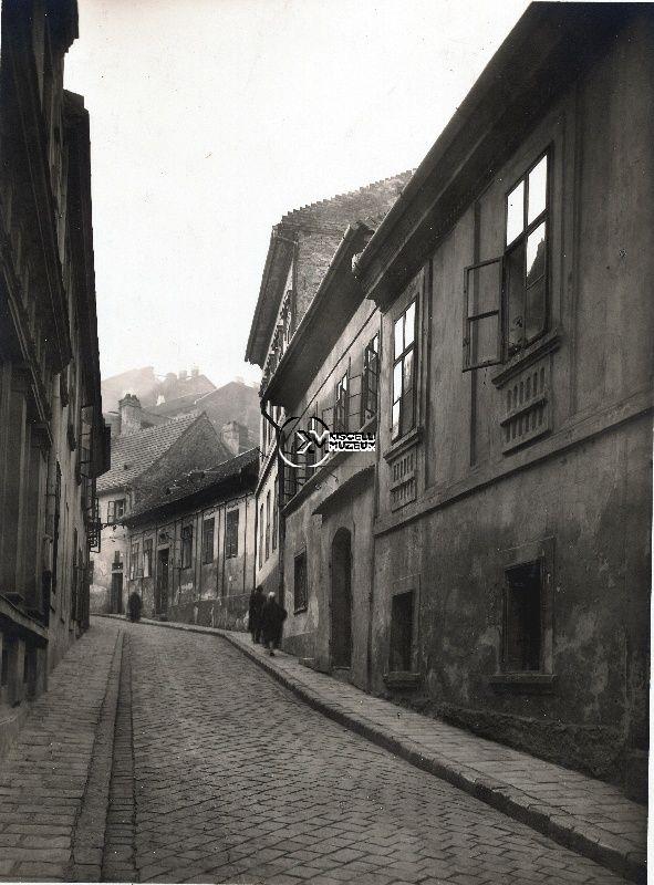 A Szalag utca a Corvin tér felől, 1925 körül  (Erdélyi Mór felvétele, BTM Kiscelli Múzeum Fényképgyűjtemény)