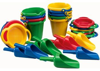 Heavy Duty Buckets Scoops. Excellent for outdoor play, these heavy-duty plastic items resist wear and tear.