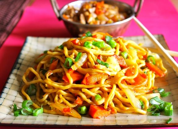 one of the yummiest indo chinese recipe, chilli garlic noodles is a complete meal in itself