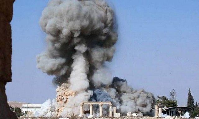 Ιράκ: Ο στρατός ανακατέλαβε την Μοσούλη: Η Μοσούλη, η δεύτερη μεγαλύτερη πόλη του Ιράκ, γιορτάζει την απελευθέρωσή της μετά τη νίκη των…