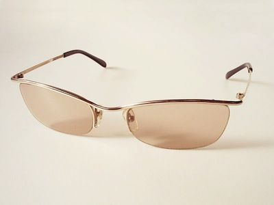 Compreenda o funcionamento da visão humana e das lentes convergentes e divergentes.
