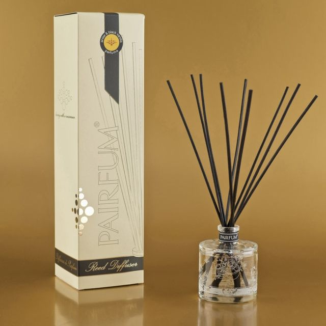 Classic Reed Diffuser by Pairfum £26. Sensuously perfumes for 2-3 months with 50 ml of concentrated perfume oil. Fragrances with natural / organic essential oils. Proudly display this natural and healthy 'eau de parfum' reed diffuser to envelope your family and friends with a beautiful couture perfume #CHEMICAL-FREE #SUSTAINABLE