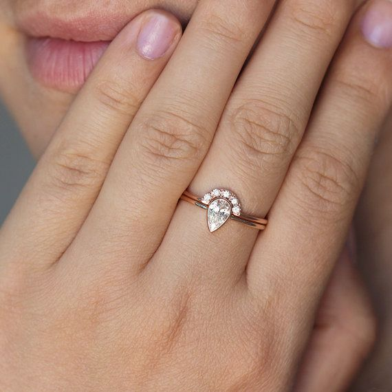 Rose Gold Wedding Ring Set Pear Diamond Engagement Ring Wedding