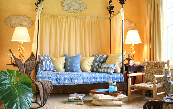 25 Vibrant Bedrooms