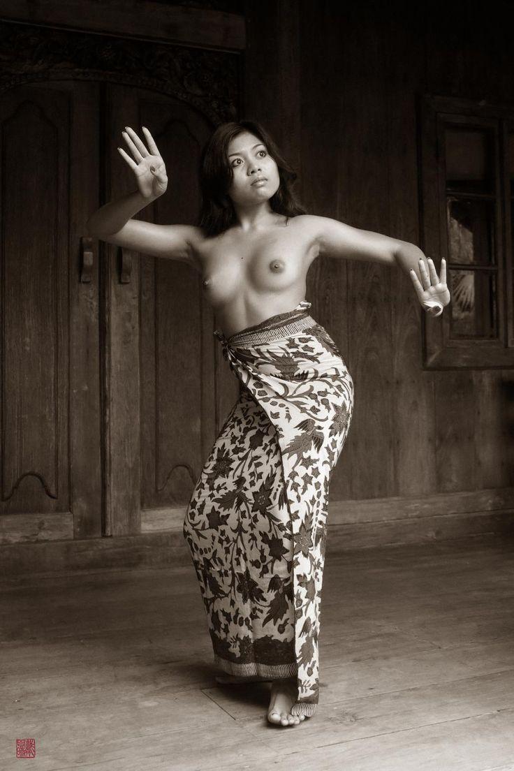 Balinese Dance 3