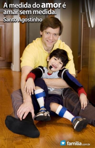 Familia.com.br | Como fazer uma criança com deficiência física sentir-se amada