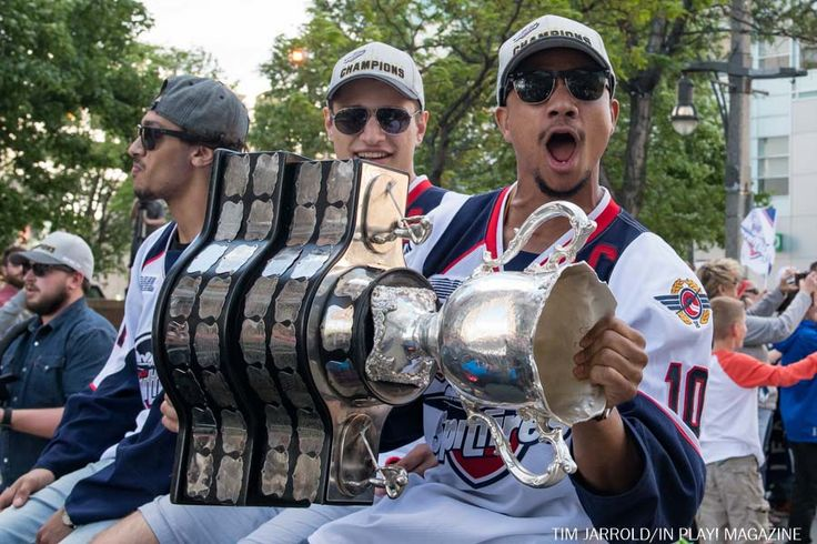 Windsor Spitfires Memorial Cup Parade The Windsor Spitfires and the City of Windsor celebrated their big Memorial Cup Championship win on Wednesday May 30