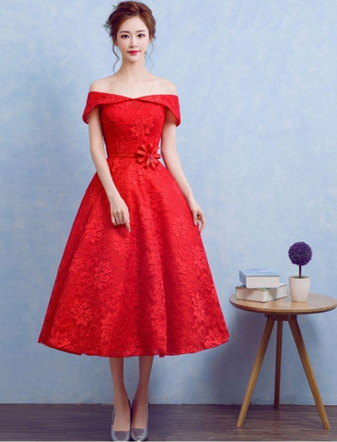 Red dress off the shoulder of orion