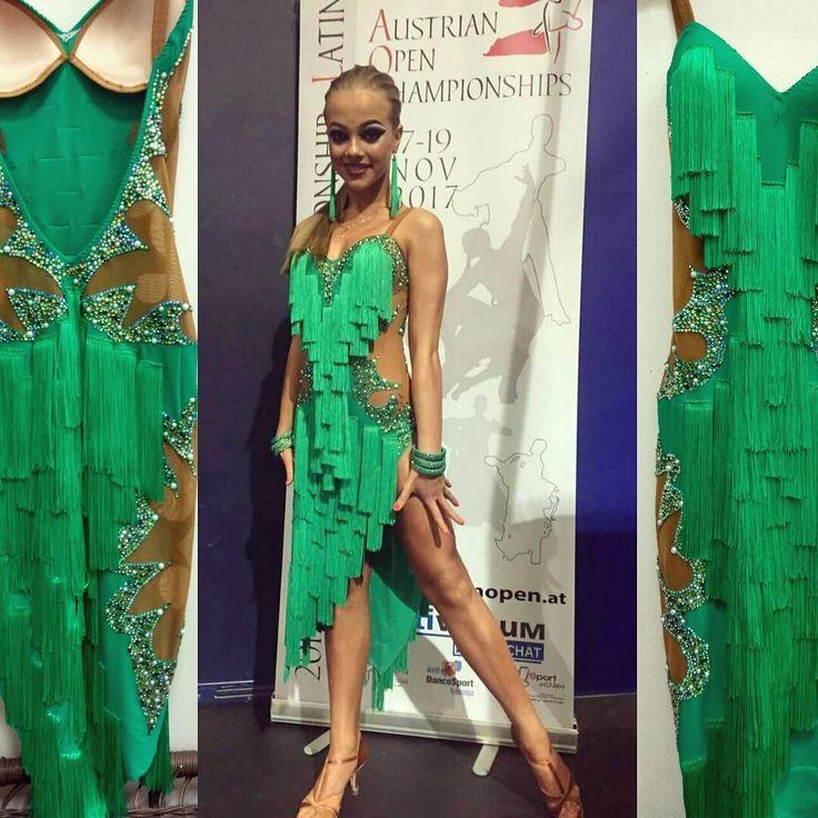 Шикарная Олеся на #AOC2016 Пошив мой, расклейка стразами - заказчика #латина #бальноеплатье #latindance #latindress #winner