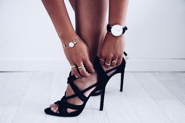 Girls Night Out #hviskgirlsnight #hvisk #jewelry #gold #fashion #zara #black #heels #girlsnightout