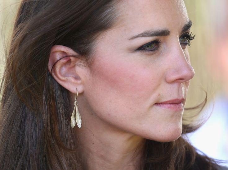 Kate Middleton Leaf Earrings