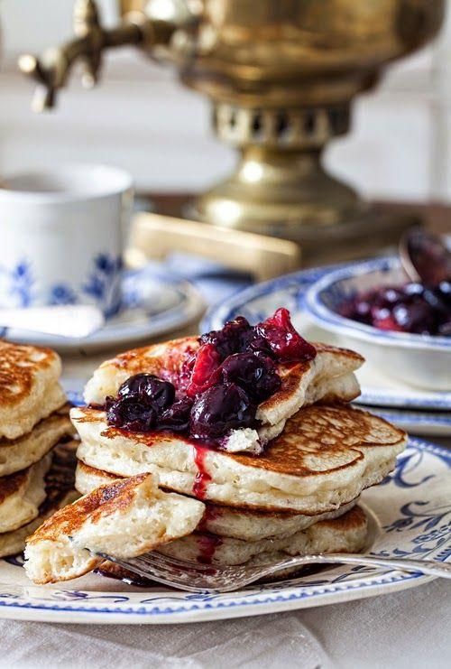 "Russian Monday on Saturday: ""Oladushky"" - Honey Yeast Blini ( Pancakes, Blintzes ) at Cooking Melangery #russian_food"