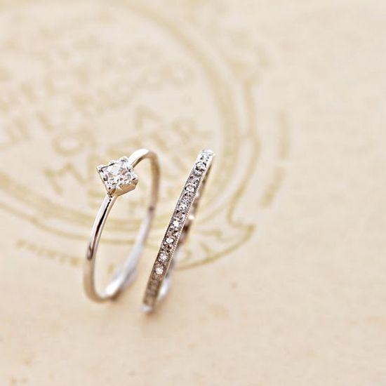 """ローズカットダイヤ フルエタニティリング:プラチナ受注製作のため、約12週間後のお渡しとなります。途切れることなくダイヤが敷かれることから、""""永遠""""を意味するエタニティーリング...1.5mmほどのリングにローズカットダイヤ"""