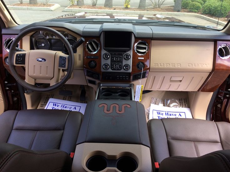 2015 Ford F-250 KING RANCH FX4 Truck Crew Cab