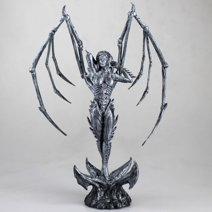 Download Starcraft KERRIGAN statue by Francesco Orrù