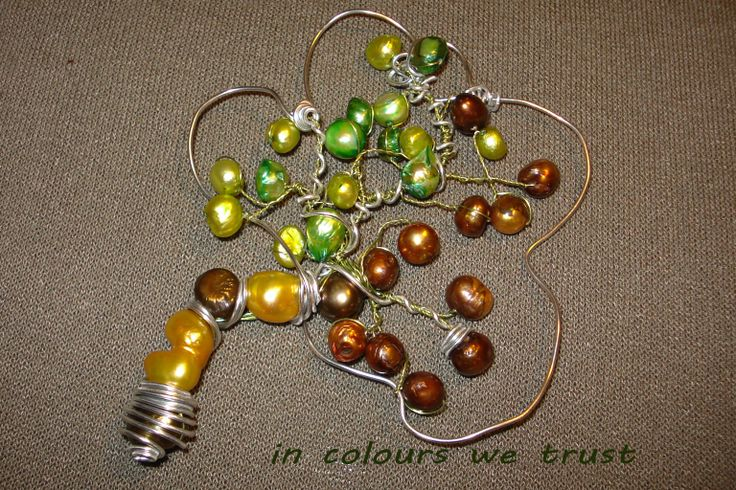 tree pendant with pearls