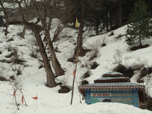 temple at kheerganga