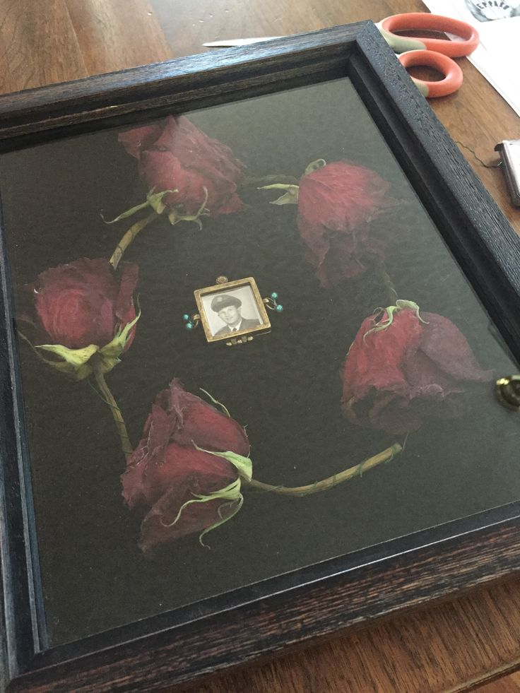 A Loving Remembrance Roses From My Grandpas Funeral Shadow Box And Small Picture Frame Charm From Hobby Flower Shadow Box Shadow Box How To Preserve Flowers